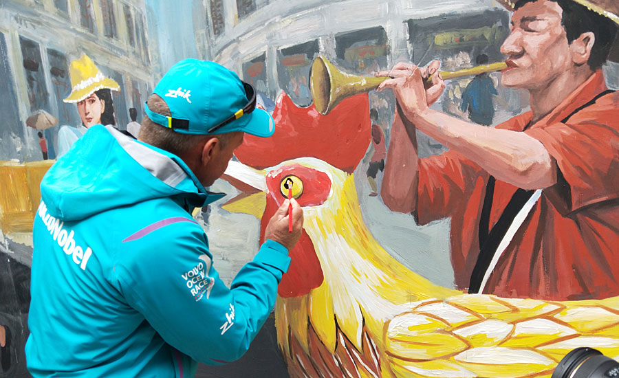Team AkzoNobel Joins Employees to Add Splash of Color to Community in China